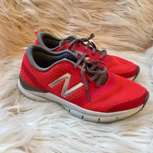 New Balance 711 Sneakers Size 6.5